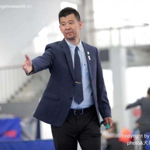 杨威老师担任2018年10月郑州 CKU全犬种审查工作 dog show !